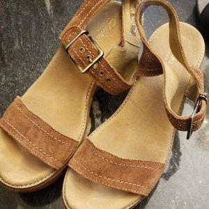 Clark's Brown Sandals Suede Size 8.5